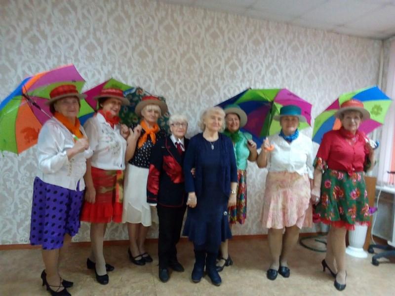 Людмила Ашеко встретилась с участниками клуба «Диапазон»