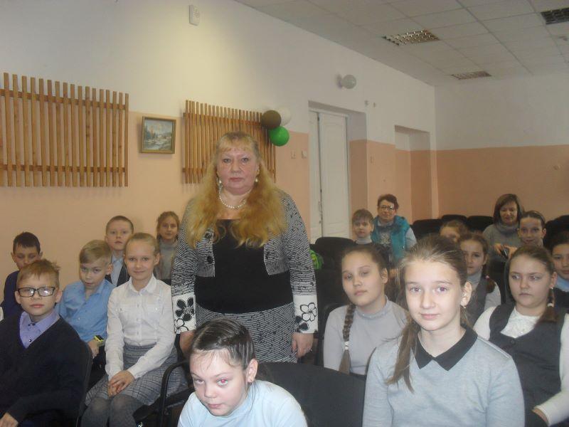 Елена Леонова познакомила детей с творчеством брянских писателей