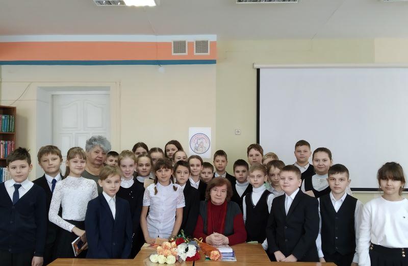 Творческая встреча с Ларисой Леонидовной Семенищенковой