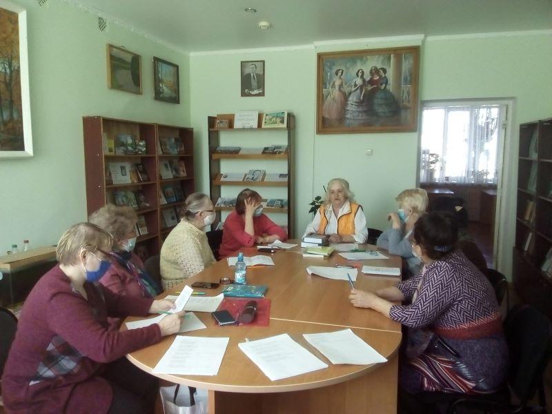 Апрельский семинар жуковского литобъединения «Стожары»