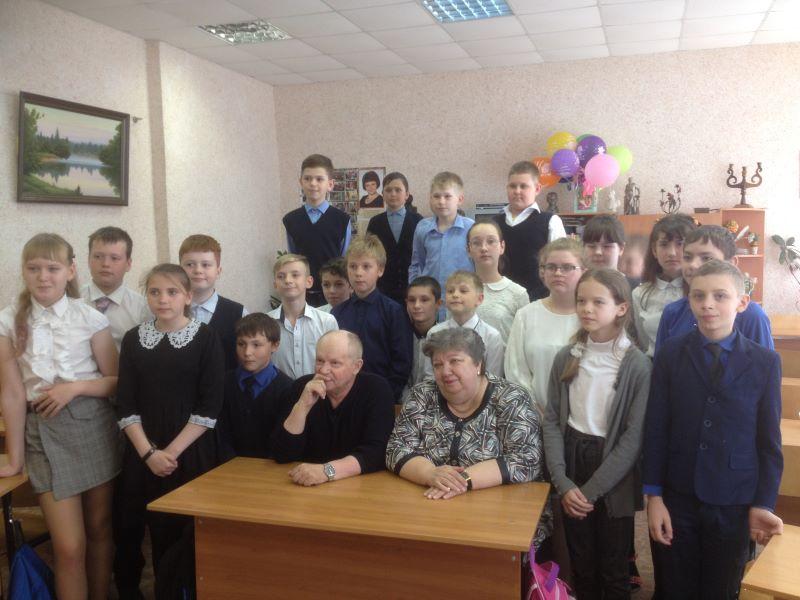 Николай Иволга выступил перед учащимися 33 школы г. Брянска